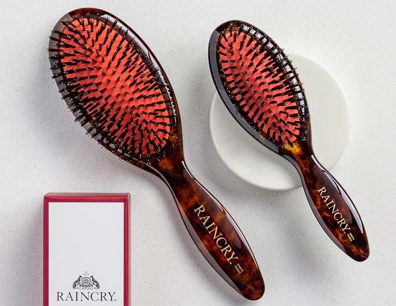 raincry-hairbrush