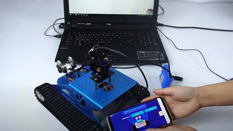 yahboom-professional-raspberry-pi-robot-kit-with-camera