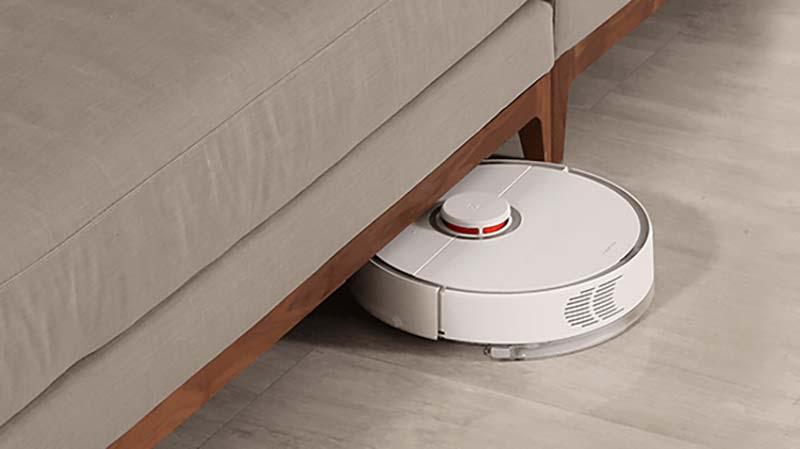 Roborock S5 under sofa