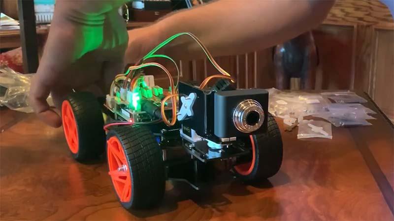 sunfounder-smart-video-car-kit-v2-0-for-raspberry-pi